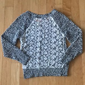 Sweaters - Adorable Boucle Sweater W/ Open Lace Back